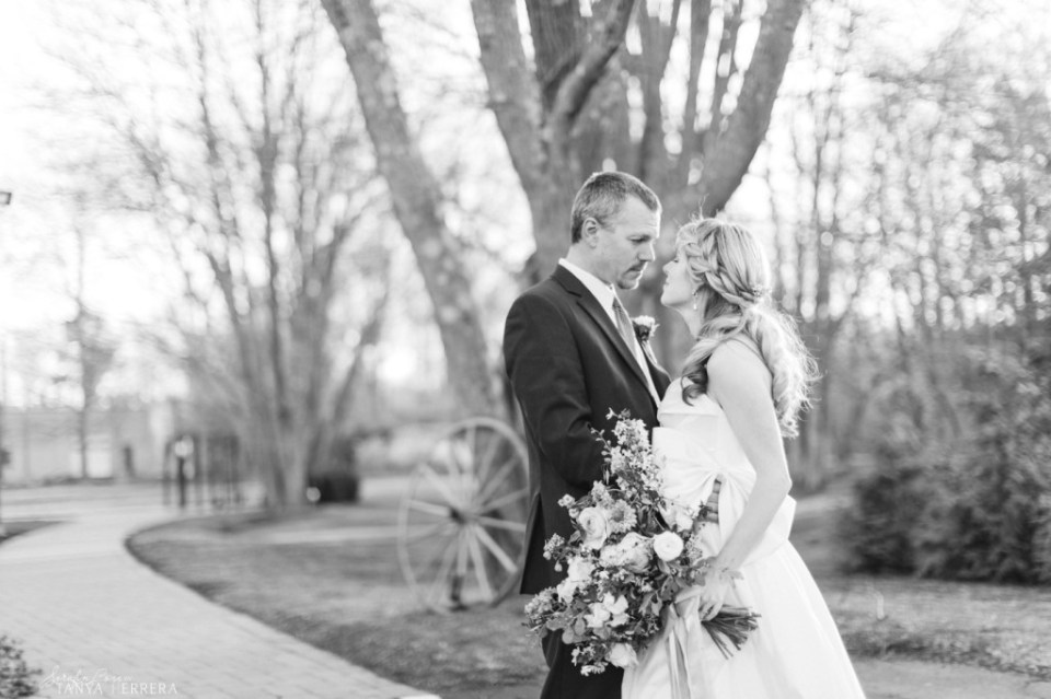 mike & Meredith styled shoot bill myer's castle ©tanya rodriguez-9