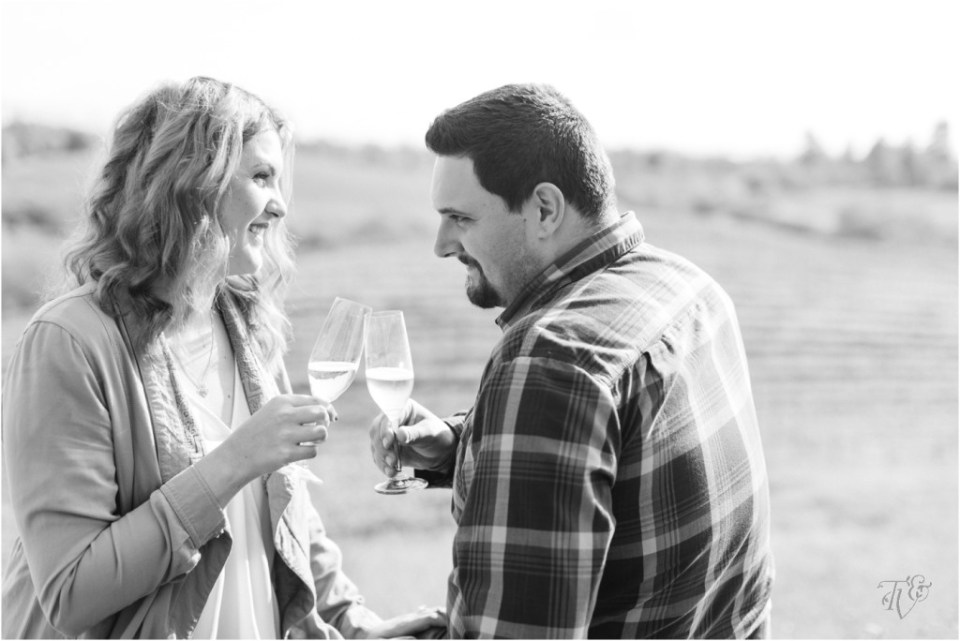 Iron Horse Vineyards Sebastopol Winery Wedding Photographer Isobel & Elliot Engaged16