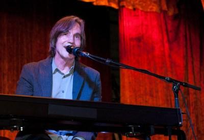 Jackson Browne at keyboard at fundraiser