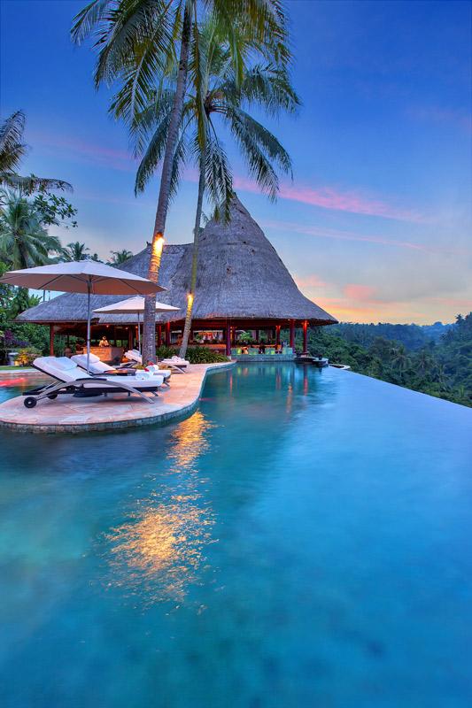 ubud-hotel-infinity-pool