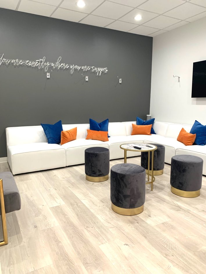 Benefits of IV Therapy, a review of Eleven IV featured by top US beauty blogger, Tanya Foster: image of Eleven Wellness IV Therapy Bar