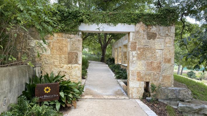 Spa entrance - Lake Austin Spa Resort