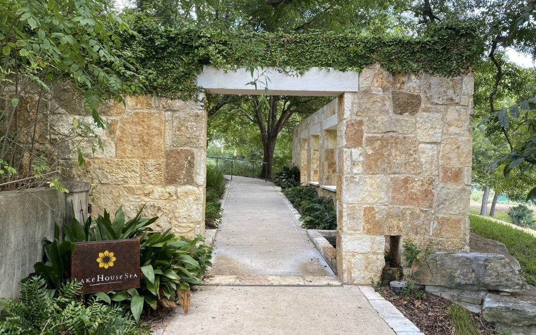 The ultimate luxury destination for rest and relaxation – Lake Austin Spa Resort
