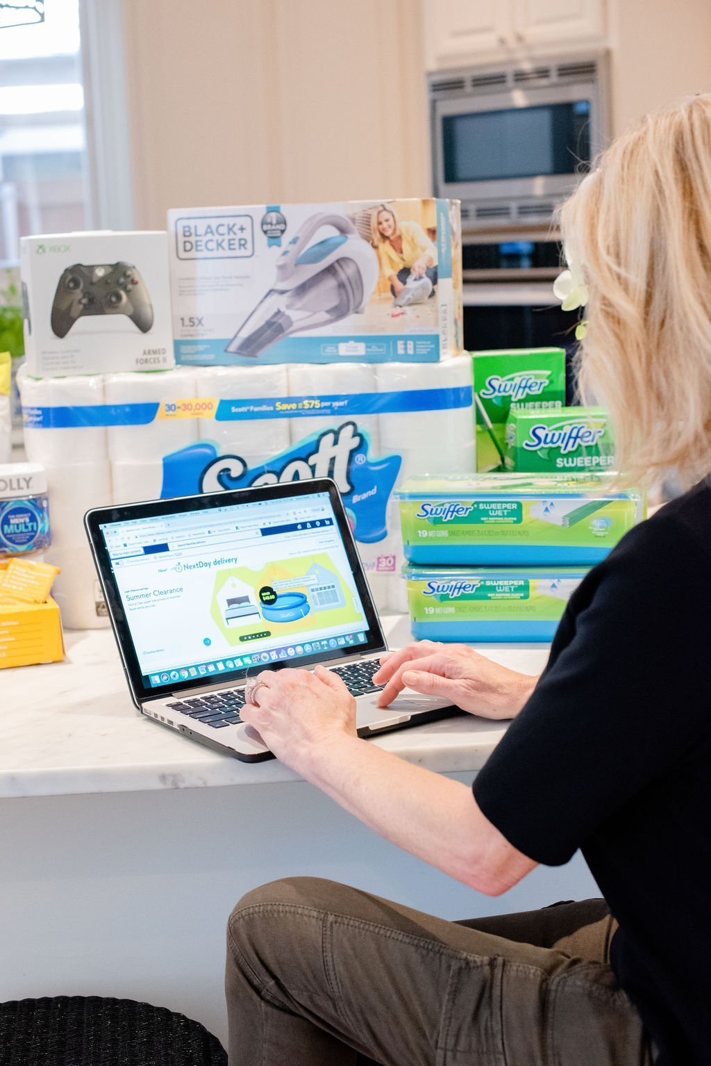 Walmart Next Day Delivery reviews by top US life and style blogger, Tanya Foster.