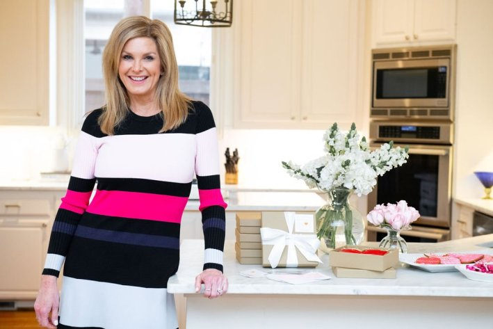 Tanya Foster at home with Vietri pieces