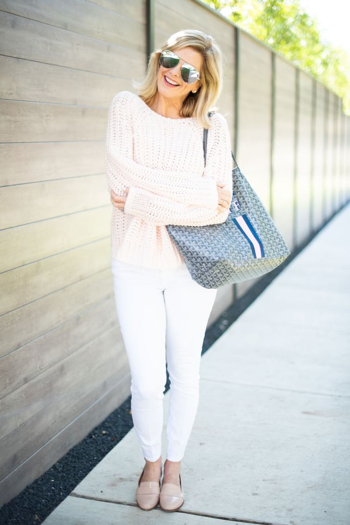 Kut from the Kloth pink sweater with white denim jeans on TanyaFoster.com