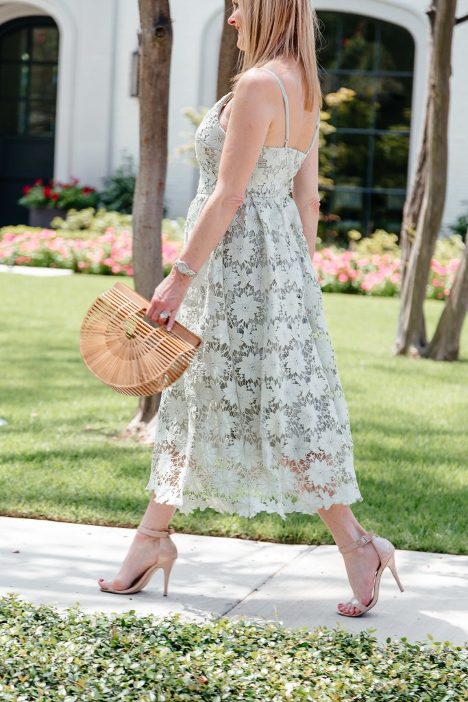 A green lace dress and casual blue top for two end of summer looks