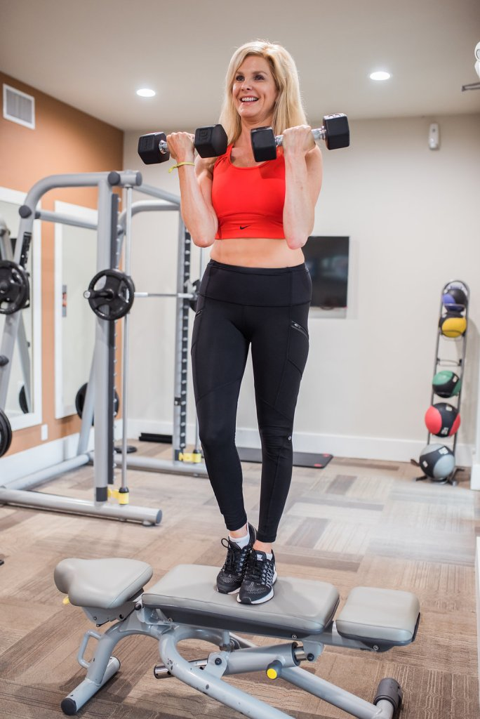Top US lifestyle blogger, Tanya Foster, reviews Kat Spangler's fitness program