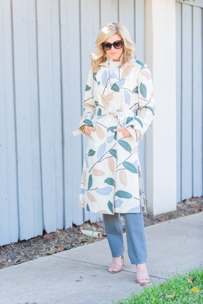 Lafayette 148 white top, gray denim and Rayna laurel cotton print trench coat
