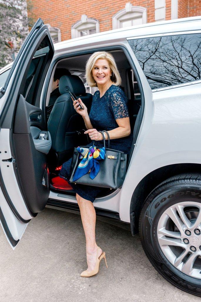 New Dallas app based car service launches in Dallas. Ride Alto.