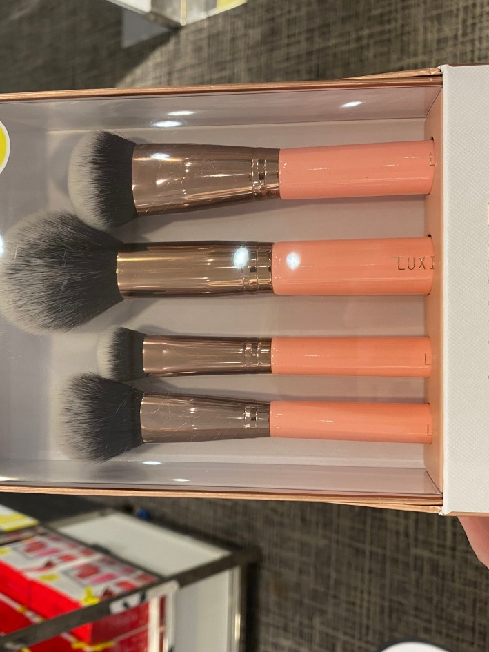Luxie rose gold face brush set