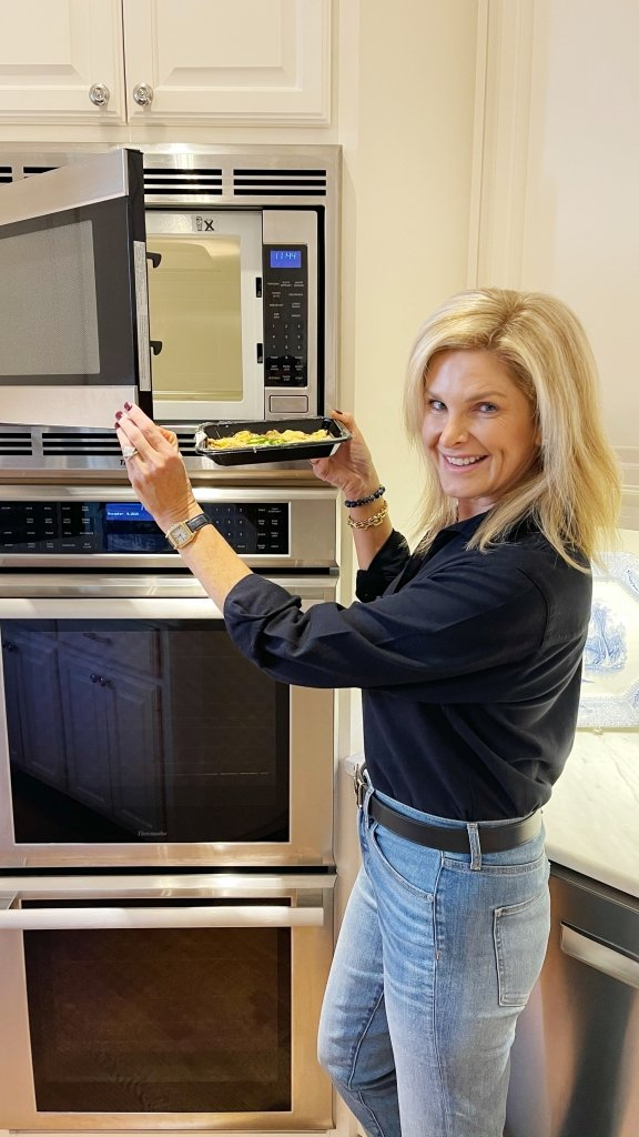 Tanya Foster making eat to evolve meal in microwave