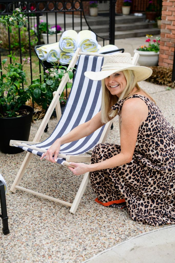 tanya foster holding The inside patio chair