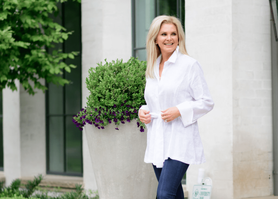How to style a white tunic for summer