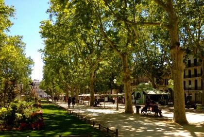 Esplanade de Charles de Gaulle