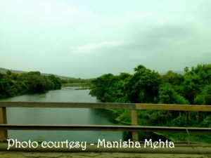 Drive to Dapoli_by Manisha Mehta