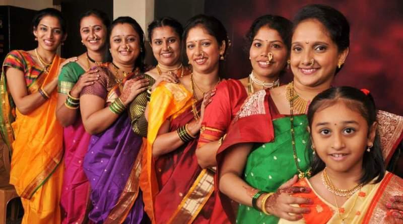 Gorgeous Indian women in nauvari saris