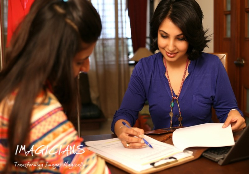 Get an in-depth styling and body shape analysis by Jasmine Arora