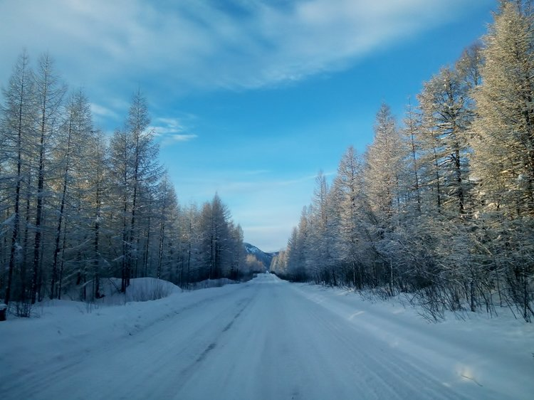 The drive from Susuman to Magadan taken by Nidhi Tiwari. Featured in Bohotraveller