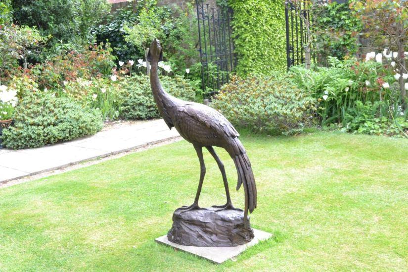 Denoiselle Crane - Tanya Russell Sculpture