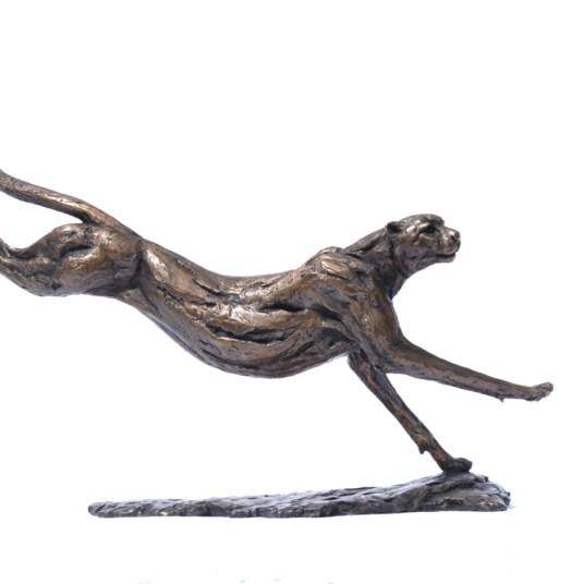 Cheetah Running - Tanya Russell Sculpture