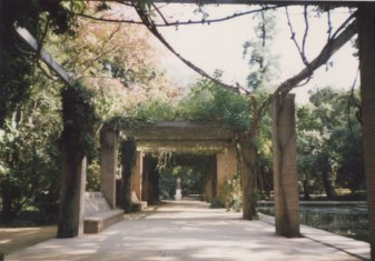 13b -Roman Gardens