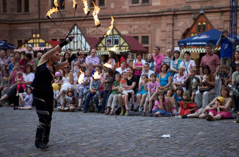 Feuershow LUX ORBIS von Tanzlicht K