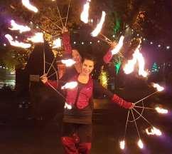 Dance in Flames Feuershow-Duo - Feuerfächer