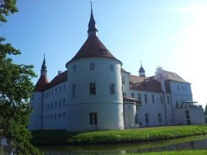 Standardtänze - Tanz Videos - Tanzen lernen Schlosshotel Fürstlich Drehna Maxtanzt