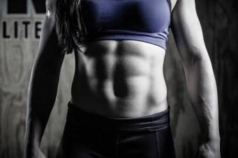 Un exemple d'abdominaux puissants et de transverse faible... le sport au détriment de la santé