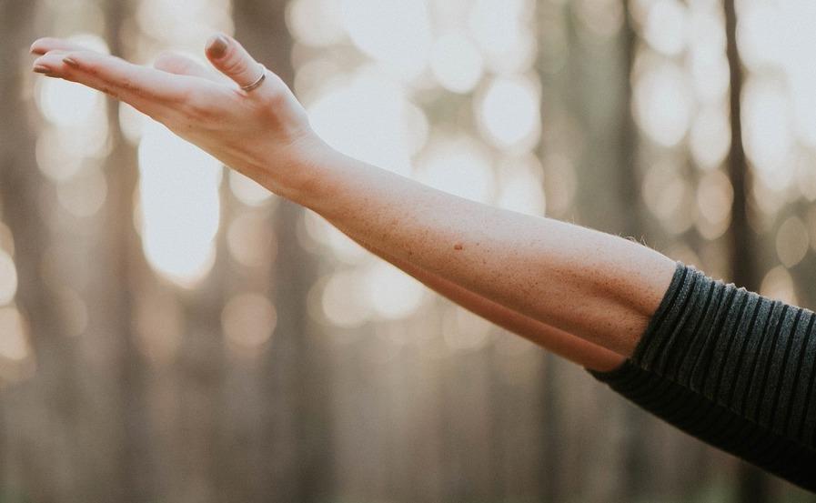 Was ist eigentlich der kinesiologische Armtest?