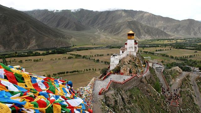 Durch Allgäus Tobel oder zu Tibets Tempeln radeln