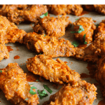 Pinterest graphic of chile de árbol chicken wings.
