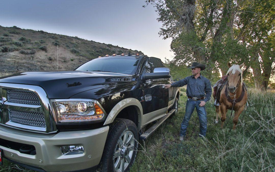Steering Wheel, Stitching and Saddle Bags : RAM Laramie Longhorn