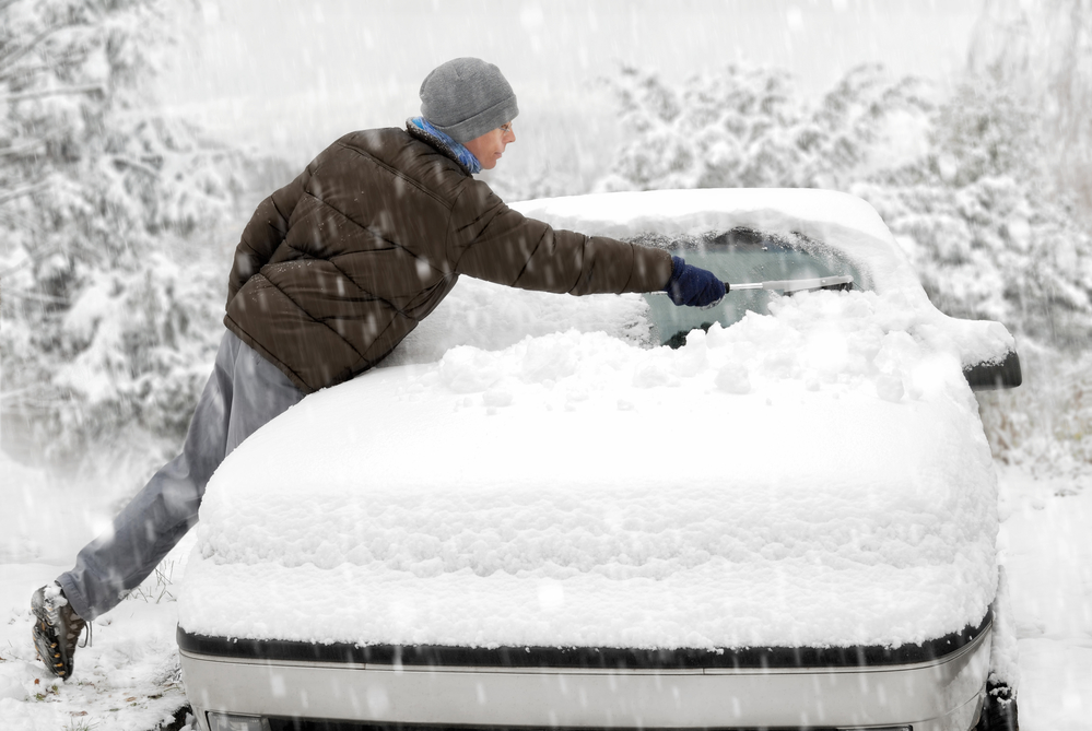 Do You Legally Have To Clear Snow Off Vehicle in Wyoming?