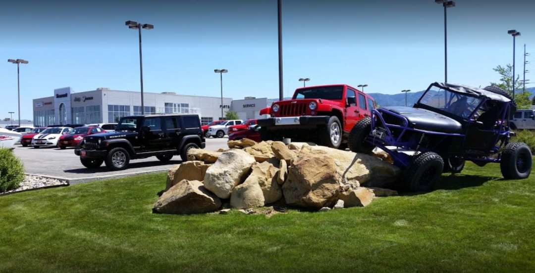 Fremont Motor Casper Fiat, Chrysler, Dodge, Jeep, RAM car dealership