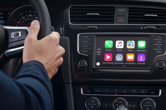 Volkswagen: What is Apple CarPlay & Android Auto?