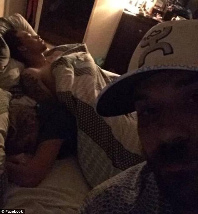 Duston Holloway Shares Moment Girlfriend Cheats On Him