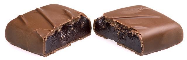 chocolate-2202040_640