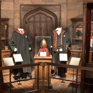 The family friendly Harry Potter exhibition was in Brussels during our latest vacation and I just HAD to see it. This is my review