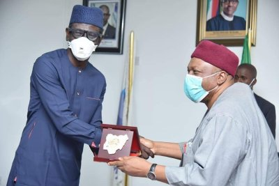Gov. Ishaku visits Nexim Bank