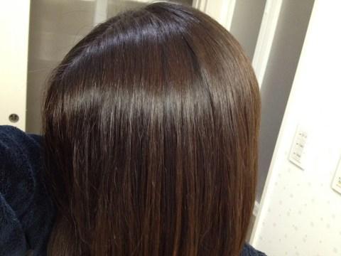髪を自然な黒に戻したい!RainbowResearchのヘナは簡単でよく染まる(草木染め3回目レビュー)