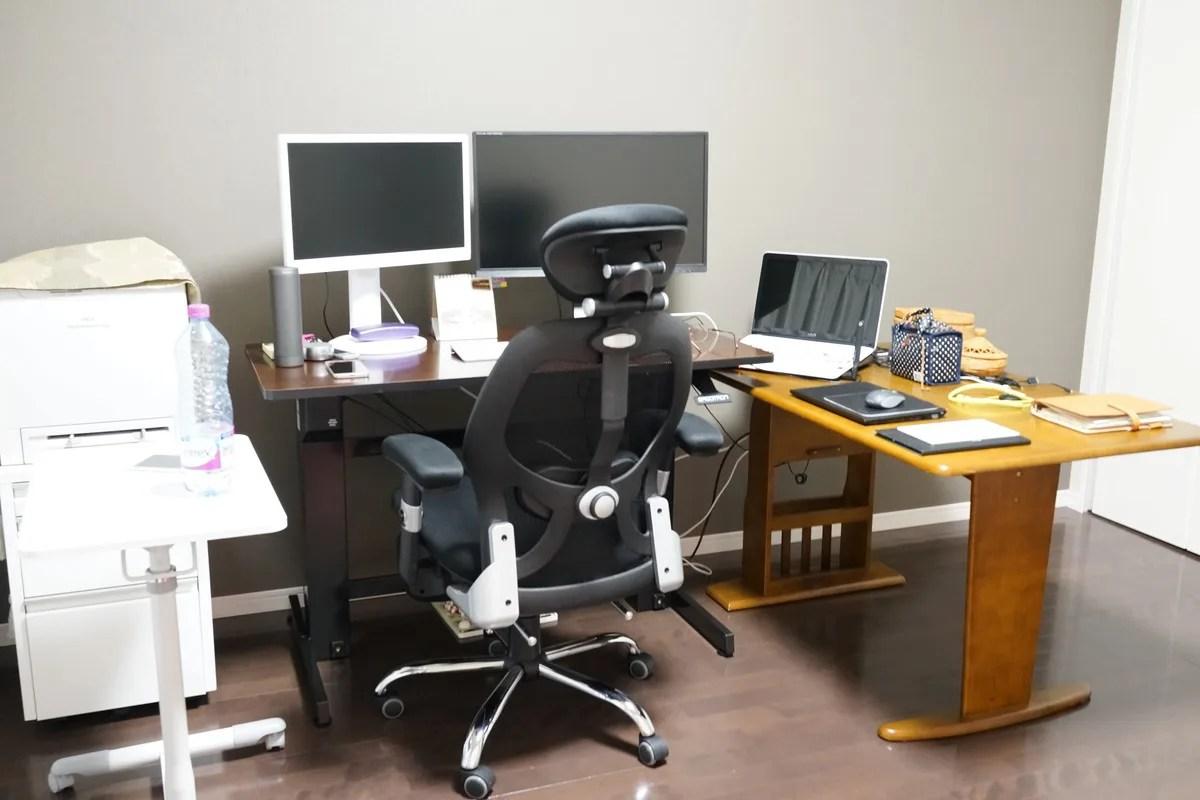 エルゴトロン WorkFit-D 座位・立位両用 昇降デスクレビュー 座位の最低の高さの説明参考画像