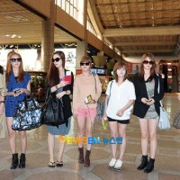 T-ara at Korean airport 110902
