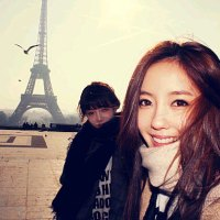 Hyomin in Paris