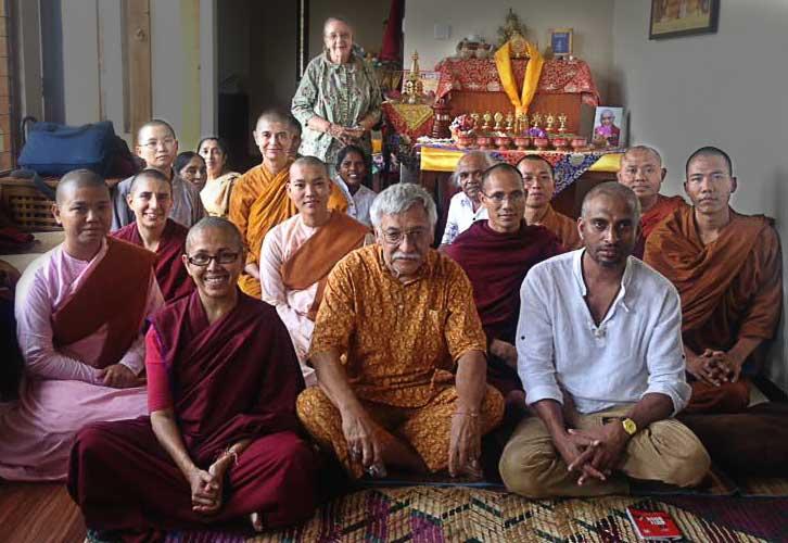 Buddhist Sangha from 6 countries bless Tara Lanka
