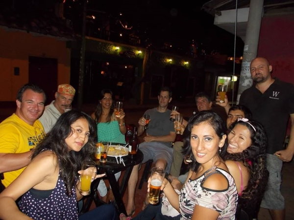 Huascar Bar expats, Tarapoto