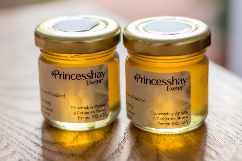 Princesshay Bees
