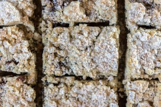 Good Hemp Mincemeat Crumble Slice
