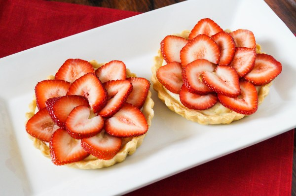 cardamom strawberry tartlet (4 of 6)